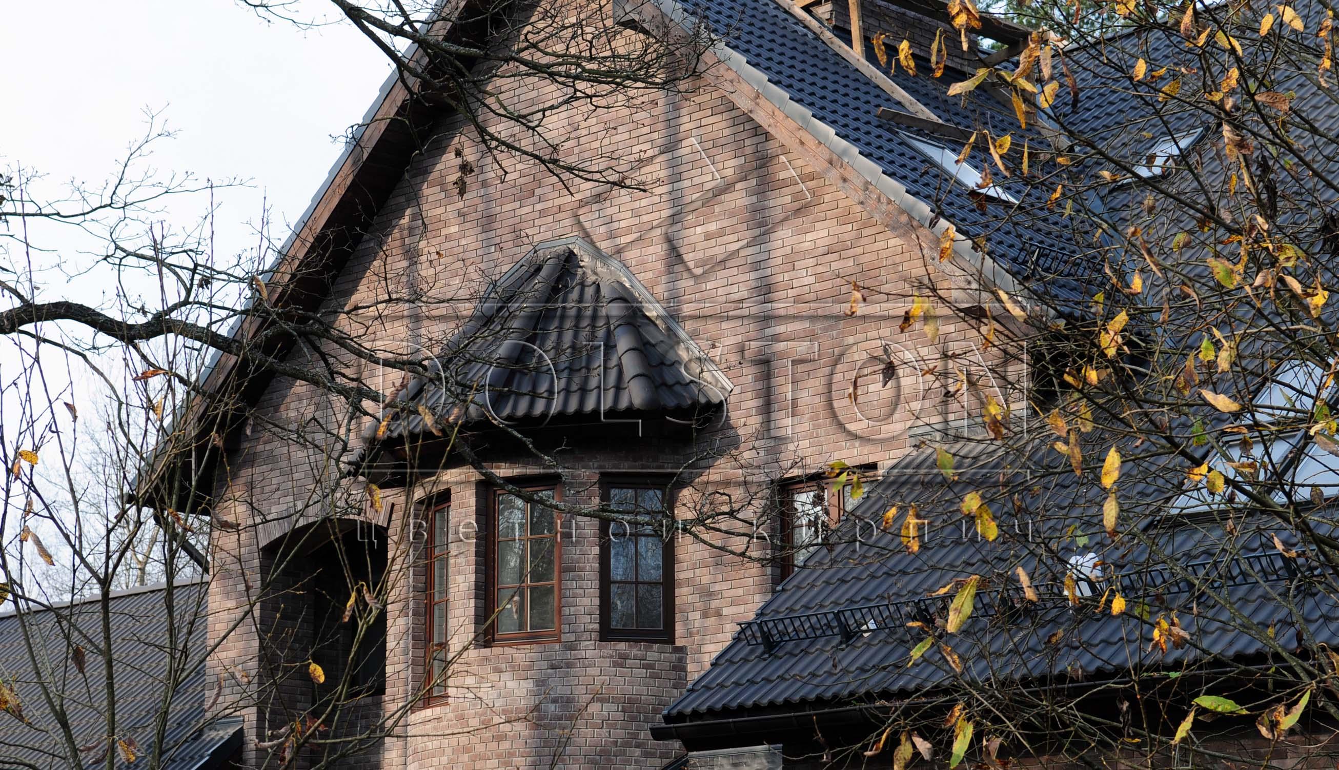 Фасад из облицовочного кирпича PYRANO BLEND